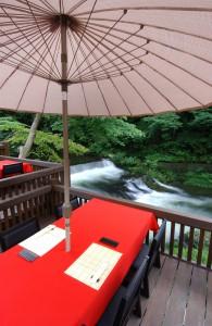 天気の良い日が続き「水辺のダイニング川どこ」にはぴったりの季節